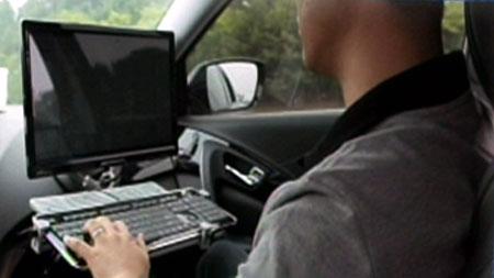 운전 할 때 스마트폰을?! 자동주행자동차의 비밀