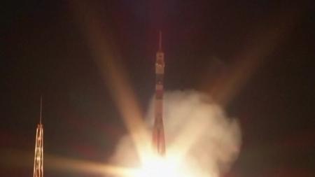 우주인 3명 태운 러시아 유인우주선 발사 성공