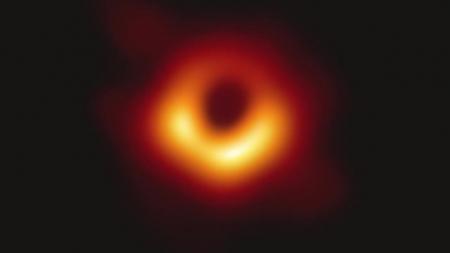 """천문연 """"블랙홀 그림자 지름 1,000억km"""" 로 정정 이미지"""