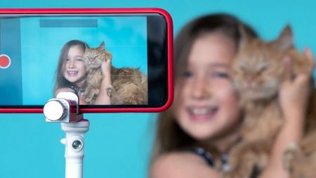 [생각연구소] '키즈(kids) 방송'의 빛과 그림자, 아이들의 심리는 어떨까?