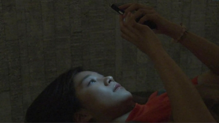 잠들기 전 스마트폰…정신건강 해친다