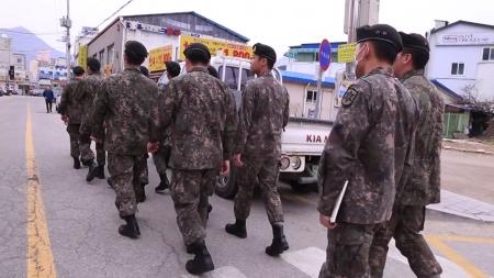 군 장병 8일부터 휴가 재개...격리자도 대폭 감소