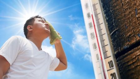 [날씨학개론] 폭염에 영향 미치는 요소…기온·습도·복사열 등 다양