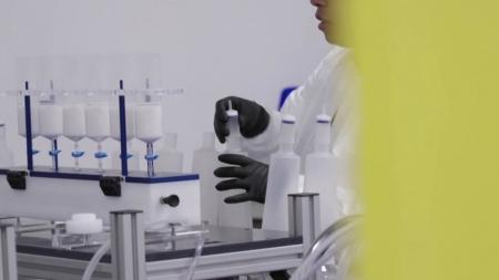 """모더나 """"코로나19 백신 1상 임상시험서 전원 항체반응"""""""