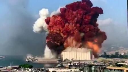 레바논 베이루트서 초대형 폭발로 최소 73명 사망·3천7백 명 부상