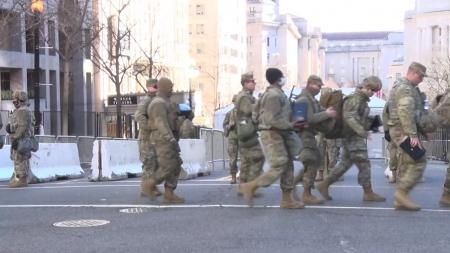 바이든, 취임 하루 앞 워싱턴 입성...길목마다 병력 배치
