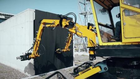 조종사 동작 따라 하는 재난현장용 로봇팔 개발