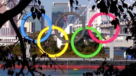 """日 국민 86% """"올림픽 연기·취소해야""""...한 달 새 21%p 급등"""