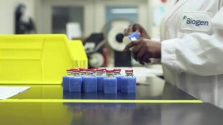 美 FDA, 알츠하이머병 치료제 승인...효능 논란