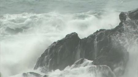 코로나 확산에 태풍까지…일본 '비상'