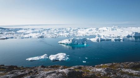 [날씨학개론] 얼음으로 뒤덮인 그린란드에 눈 대신 비 내렸다…지구온난화 영향