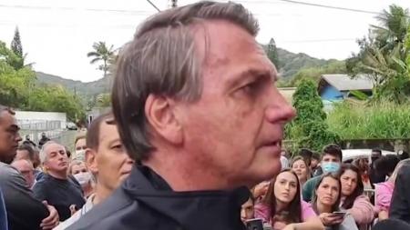 '백신 미접종' 브라질 대통령, 축구장 입장 거부당해