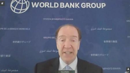 """세계은행 총재 """"올해 세계 경제 5.7% 성장...불평등 확대"""""""