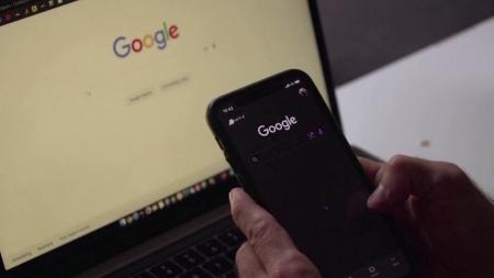 '갑질 논란' 구글, 구독 앱 수수료 내년부터 15%로 인하