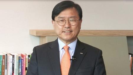 미래 한국의 희망은 데이터를 잘 쓰는 국민에게 있습니다. [서병조 / 한국정보화진흥원장]