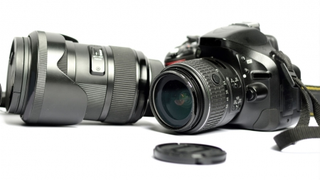 큰 세상을 담는 작은 카메라