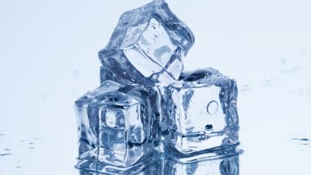 [30초 과학] 얼음은 전자렌지에 넣어도 녹지 않는다?!